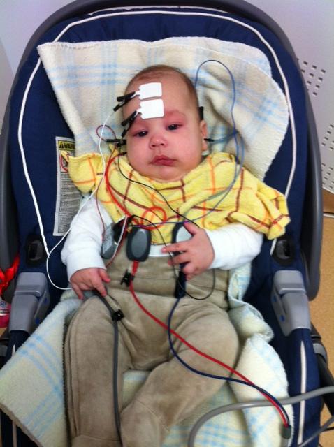 baby-hearing-simplu